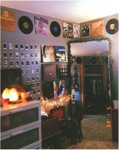 ✔ 41 cozy apartment bedroom ideas for your home 11 - Besten Neu deen Edgy Bedroom, Grunge Bedroom, Indie Bedroom, Indie Room Decor, Room Design Bedroom, Cute Room Decor, Room Ideas Bedroom, Bedroom Decor, Boho Decor