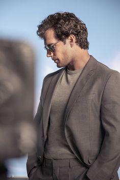 "Henry Cavill behind the scenes for Hugo Boss ""Sharpen Your Focus"" 2019 campaign. Superman Cavill, Henry Superman, Superman Baby, Henry Caville, Love Henry, Ragnor Fell, Henry Williams, Gentleman, Clark Kent"
