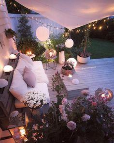 Some Great Suggestions for Springtime Patio Furniture – Outdoor Patio Decor Terrace Garden, Terrace Ideas, Patio Ideas, Balcony Ideas, Porch Ideas, Yard Ideas, Outdoor Lighting, Lighting Ideas, Ceiling Lighting