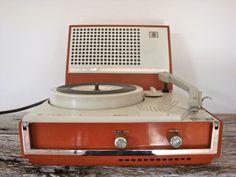Wireless Australasia (AWA) Radiola B56 Portable Electric Record Player