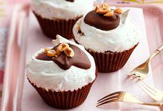 Chocolate and hazelnut meringues : Australian Women's Weekly