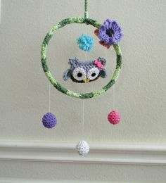 Owl girl baby mobile via Etsy Crochet Baby Mobiles, Crochet Mobile, Cute Crochet, Knit Crochet, Crotchet Stitches, Crochet Wreath, Yarn Ball, Handicraft, Hand Embroidery