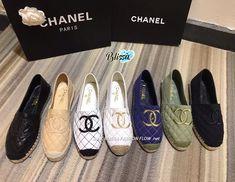 Chanel woman shoes new canvas espadrilles Fancy Shoes, Cute Shoes, Me Too Shoes, Channel Shoes, Chanel Shoes Espadrilles, Cristian Dior, Chanel Brand, Exclusive Shoes, Classic Handbags