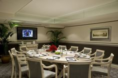 Boardroom at Montague on the Gardens