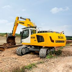 Otjiwarongo Excavator Training, 2 Weeks of Training - Contact Open for registration. Training Center, Training Courses, Tractors, Africa, The Unit, Construction, School, Free, Tractor