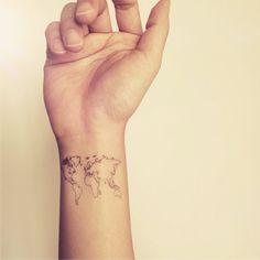 2ST Welt Karte Liebe Reisen Handgelenk Tattoo von InknArt auf Etsy