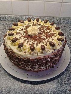 Buttercream cake from grandma - Backen - Pastel de Tortilla Desserts Nutella, German Desserts, Nutella Recipes, No Bake Desserts, Cheesecake Recipes, Easter Desserts, Pastry Recipes, Baking Recipes, Cookie Recipes