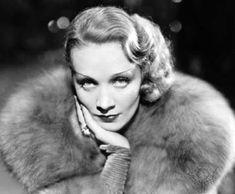 マレーネ・ディートリッヒ(Marlene Dietrich、1901年12月27日 - 1992年5月6日)はドイツ出身の女優・歌手。