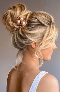 Long Bridal Hair, Long Hair Wedding Styles, Wedding Hair Down, Wedding Hair And Makeup, Gown Wedding, Wedding Cakes, Lace Wedding, Wedding Rings, Wedding Dresses