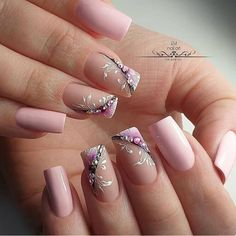 Pretty in pink with florals nail polish design 💗💗💗 Gel Nail Art Designs, Colorful Nail Designs, Stylish Nails, Trendy Nails, Les Nails, Nails Design With Rhinestones, Nagellack Trends, Floral Nail Art, Luxury Nails