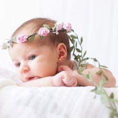 Coronita de flores para bebé o recién nacido