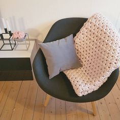 Crochet Home, Washing Clothes, Playground, Bean Bag Chair, My House, Accent Chairs, Couch, Crafty, Pillows