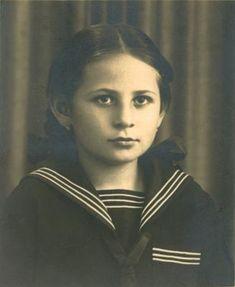 Hana Rothschildová Lest We Forget, Never Forget, Elie Wiesel, Innocent Child, The Lost World, Never Again, Czech Republic, Hana, Memories