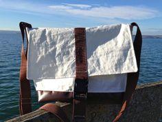 Tasche aus Segel von Rough Element Sailing Outfit, Boat Stuff, Messenger Bag, Totes, Recycling, Satchel, Purses, Etsy, Beach Bags
