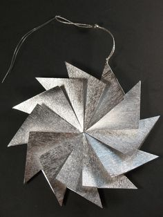 Poppytalk: Weekend Project   DIY Angled Starburst Ornament