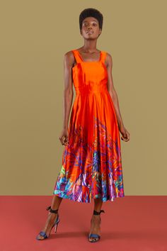 Embrace vibrancy with our Sika& red antelope print midi dress moves on from the beauty of our bestselling dress. Fall Dresses, Summer Dresses, 60s Dresses, Summer Fashions, Celebrity Bedrooms, Celebrities Then And Now, Editorial Fashion, Fashion Trends, Fashion Advice