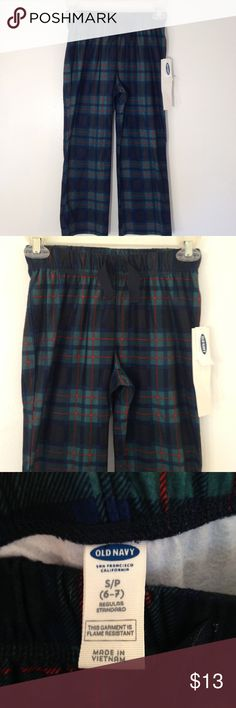 "Old Navy Flannel Pajama Pants NWT flannel pajama pants by Old Navy. Green and blue plaid. Length 29"". 100% polyester. Old Navy Pajamas Pajama Bottoms"
