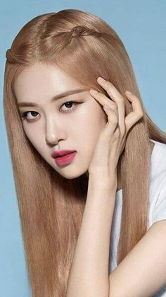 Your source of news on YG's current biggest girl group, BLACKPINK! Please do not edit or remove the logo of any fantakens posted here. Foto Rose, Rose And Rosie, Rose Bonbon, Lisa Blackpink Wallpaper, Rose Icon, Black Pink Kpop, Black Pink Rose, Blackpink Photos, Blackpink Fashion