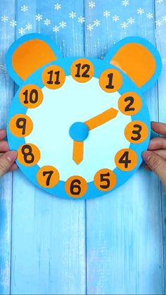 Confecção de Um Relógio Simples e Prático.