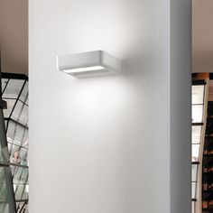 Matte White ITR-ONE-WALL-SCONCE
