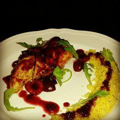 chicken,cherry sauce,kinoa
