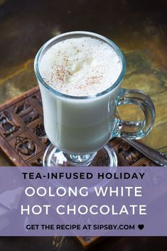 A creamy and sweet white hot chocolate infused with the oolong tea to add a deep flavor Enjoy the taste of white chocolate complemented with oolong tea at your next holiday party or while sitting by the fireplace Tea Cocktails, Fun Drinks, Beverages, Healthy Thanksgiving Recipes, Holiday Recipes, Iced Tea Recipes, Cocktail Recipes, Dessert Recipes, Desserts
