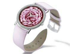 Representing a generous and sensual cross between a peony and a rose, this watch was inspired by the Yves Piaget rose. Crafted in grand feu enamel (fired at over 800°C) using the enamel miniature painting technique, the 40th anniversary of the Yves Piaget rose was celebrated in 2012. Piaget the jeweler of watchmakers displayed its masterly touch