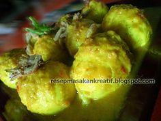 Telur Bumbu Kuning Indonesian Food, Indonesian Recipes, Asian Recipes, Ethnic Recipes, Allrecipes, Baked Potato, Potato Salad, Food And Drink, Meat