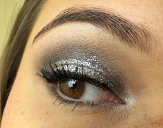 Look Battle | New Year's Eve Make Up http://www.sweetcherry.de/2013/12/look-battle-new-years-eve-make-up.html