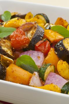 Weight Watchers Roasted Vegetables Recipe - 1 point per serving Roasted Veggies Recipe, Roasted Vegetable Recipes, Roasted Vegetables, Veggie Recipes, Vegetarian Recipes, Cooking Recipes, Healthy Recipes, Ww Recipes, Dishes Recipes