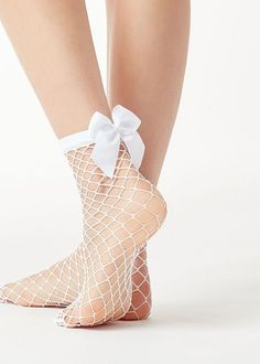 10 Ideas How to Wear Funky Chiffon Socks for Women - These are fascinating ways for women to wear ever-changing socks that will set your aesthetic style - Fishnet Socks, Lace Socks, Fishnet Stockings, Mesh Socks, Stockings Lingerie, Ankle High Socks, Foot Socks, Fashion Socks, Fashion Vintage
