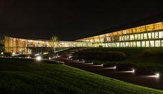 Technogym Village - Illuminazione spazi commerciali iGuzzini  segnapasso