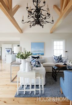 Designer Sarah Richardson used a classic, coastal-inspired palette in this living room. | Photographer: Janet Kimber