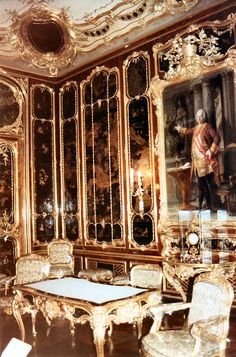 Schonbrunn Palace Apartment , Wien , Austria