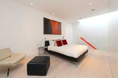Bed room in London