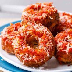 Bagel Bites, Keto Bagels, Low Carb Pizza, Onion Rings, Ethnic Recipes, Food, Essen, Meals, Yemek