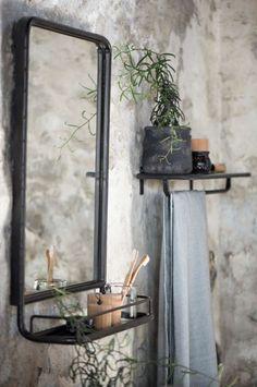 Spiegel met Plank   Zwart Metaal   Ib Laursen