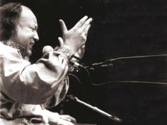 Nusrat Fateh Ali Khan: The singing Buddha – The Express Tribune