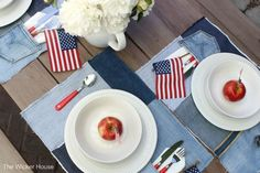 Easy Sew Denim Placemats & A Patriotic table setting | The Wicker House | Bloglovin'