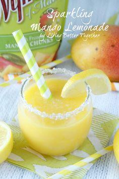 Sparkling Mango Lemonade | www.livingbettertogether.com