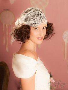 coiffure mariage mariée cheveux courts accessoires