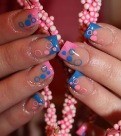 Blue and bubble gum pink French tips with closed and open bubbles nail art. #nails #nailart #manicure