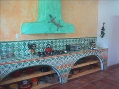 Arch-Front Storage in Colonial Mexican Kitchens