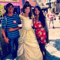 sallymaaee:  Meeting Belle at Disneyland with @marvinceb #disneybound #liloandstitch