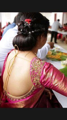 Cutwork Blouse Designs, Wedding Saree Blouse Designs, Simple Blouse Designs, Pattu Saree Blouse Designs, Blouse Silk Saree, Blouse Patterns, Wedding Sarees, Blouse Neck, Wedding Dresses