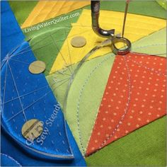 Quilting with Rulers Free-motion quilting on domestic machines is reaching new heights with a ruler foot and acrylic templates and rulers. It is an exciting time for quilters. For several years Darlene of. Quilting Stitch Patterns, Machine Quilting Patterns, Quilting Templates, Quilt Stitching, Quilting Tutorials, Quilt Patterns, Quilting Ideas, Quilting Frames, Quilting Rulers