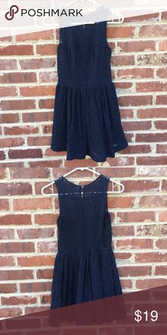 "Abercrombie Kids A&F Lace Dress Blue Girls Abercrombie & Fitch Kids Dress  	•	Size XL 	•	Missing tie sash for waist, but in otherwise excellent condition 	•	Only worn one time 	•	Navy blue 	•	Fully lined 	•	Approx. 30"" long abercrombie kids Dresses Casual"