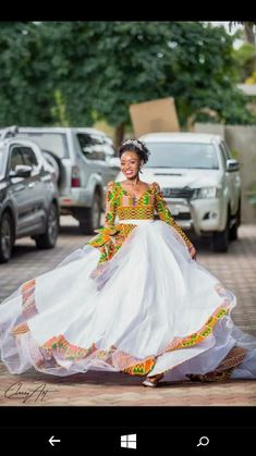 6 Beautiful Wedding Dress Trends in 2020 African Print Wedding Dress, African Wedding Attire, African Attire, African Dress, African Bridal Dress, African Traditional Wedding Dress, Traditional Wedding Attire, Traditional Gowns, Bridal Skirts