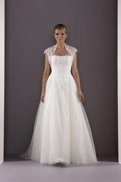 Marianne Wedding Dress with Shrug – Sassi Holford Signature 2012 Collection