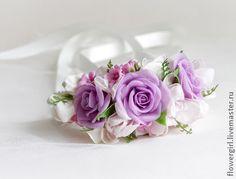 Браслет с лиловыми розами - сиреневый,браслет,браслет с цветами,браслет на руку